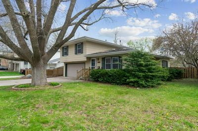 1802 EDGEBROOK DR, Marshalltown, IA 50158 - Photo 1