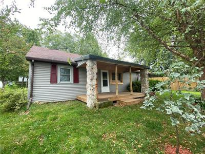 809 N ROCHE ST, Knoxville, IA 50138 - Photo 1