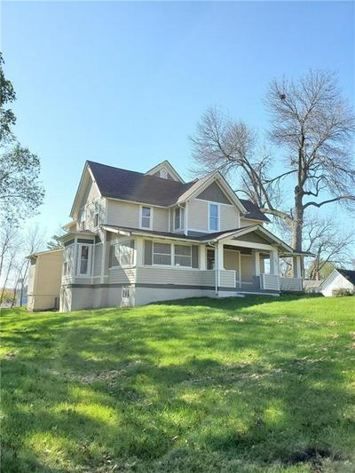 107 W GRANT ST, Casey, IA 50048 - Photo 2