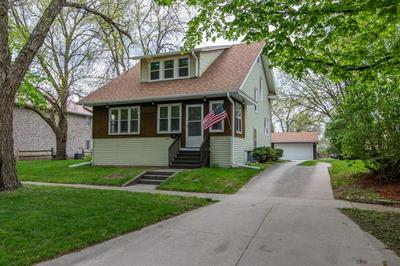 1316 9TH ST, Nevada, IA 50201 - Photo 2