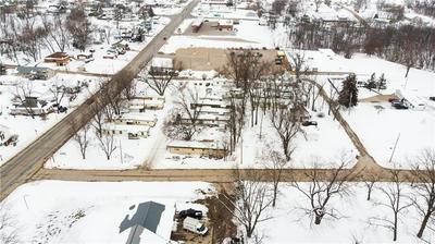 413 S 18TH ST, Centerville, IA 52544 - Photo 2