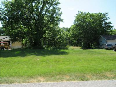2305 PEAR LN, Madrid, IA 50156 - Photo 2