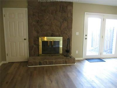 202 FAIRWAY GDNS # 202, Hurricane, WV 25526 - Photo 2