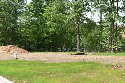 1 BOXWOOD DR, WINFIELD, WV 25213 - Photo 2