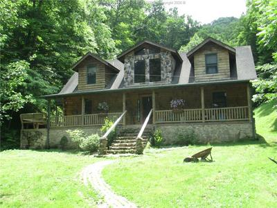 1356 COUNTRY ESTATES RD, Danville, WV 25053 - Photo 1