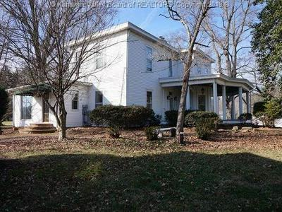 19 VALLEY ST, WINFIELD, WV 25213 - Photo 1