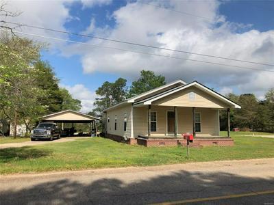 202 N CHURCH ST, GROVE HILL, AL 36451 - Photo 1