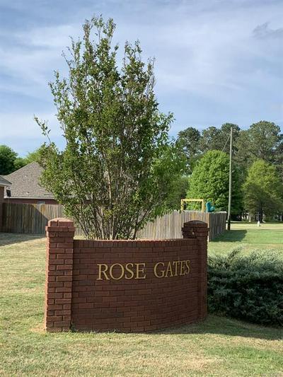 2032 VONICA ROSE ST, Deatsville, AL 36022 - Photo 2