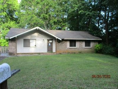534 HICKORY GROVE RD, Millbrook, AL 36054 - Photo 1