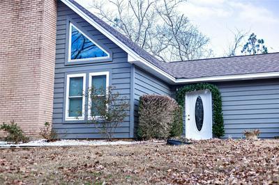 395 HIDDEN HLS, Deatsville, AL 36022 - Photo 2