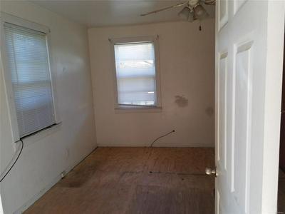 1604 HAYDEN ST, Selma, AL 36703 - Photo 2