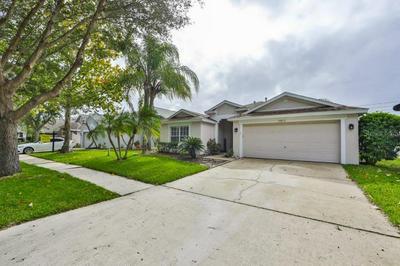 16825 HAWKRIDGE RD, LITHIA, FL 33547 - Photo 1