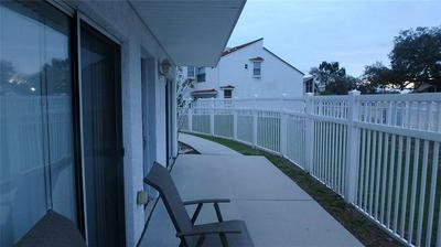 9525 ORANGE VALLEY CT # 9525, TAMPA, FL 33618 - Photo 2