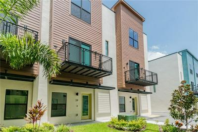 4810 W MCELROY AVE UNIT 17, TAMPA, FL 33611 - Photo 1
