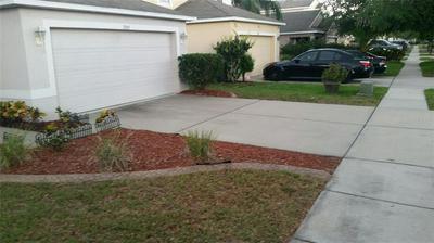 7925 CARRIAGE POINTE DR, Gibsonton, FL 33534 - Photo 2