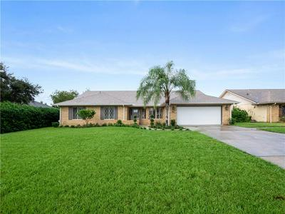 902 ELKCAM BLVD, DELTONA, FL 32725 - Photo 1