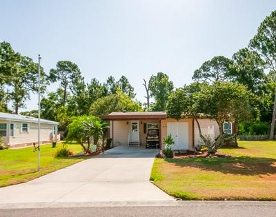 2836 MANATEE RD, Tavares, FL 32778 - Photo 2