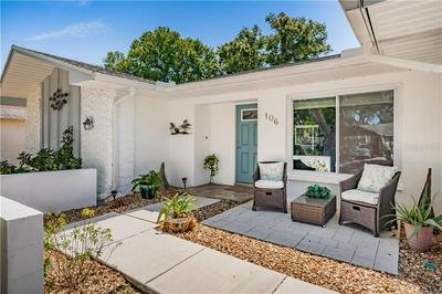 106 MEADOWCROSS DR, SAFETY HARBOR, FL 34695 - Photo 2