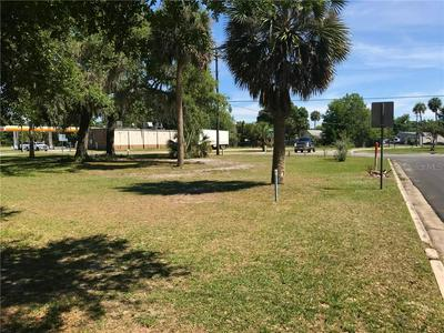 410 N KENTUCKY AVE, Umatilla, FL 32784 - Photo 2