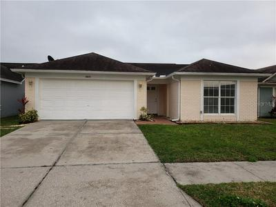 10033 CEDAR DUNE DR, TAMPA, FL 33624 - Photo 1