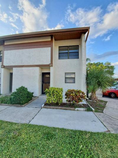 9209 SEMINOLE BLVD UNIT 65, Seminole, FL 33772 - Photo 1