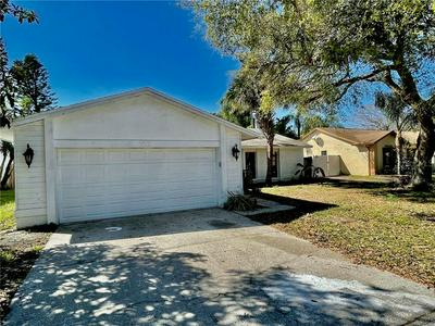 6612 SEAFAIRER DR, TAMPA, FL 33615 - Photo 2