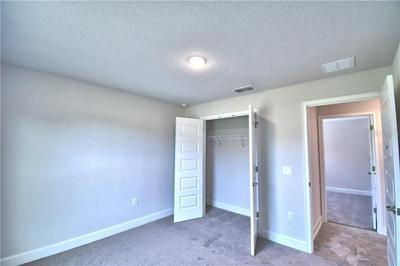 213 HERITAGE PARK LN, Mulberry, FL 33860 - Photo 2