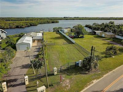 3304 W SHELL POINT RD, RUSKIN, FL 33570 - Photo 2