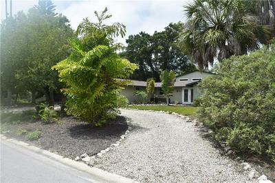5401 SHADOW LAWN DR, Sarasota, FL 34242 - Photo 2