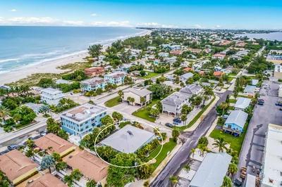 3302 6TH AVE APT 4, HOLMES BEACH, FL 34217 - Photo 2
