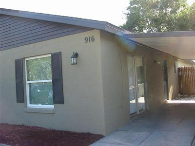 918 N SAINT CLAIR ABRAMS AVE, Tavares, FL 32778 - Photo 2