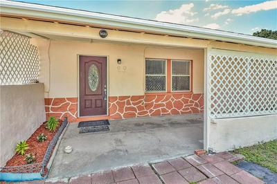 8570 QUAIL RD, Seminole, FL 33777 - Photo 2