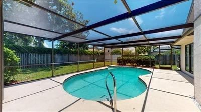 2659 MEADOW WOOD DR, Clearwater, FL 33761 - Photo 2