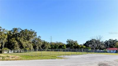 277 E B ST, FROSTPROOF, FL 33843 - Photo 2