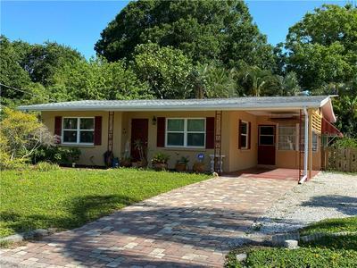 823 40TH ST, Sarasota, FL 34234 - Photo 1