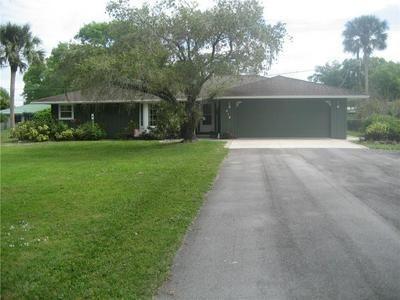 618 NE 28TH AVE, OKEECHOBEE, FL 34972 - Photo 1