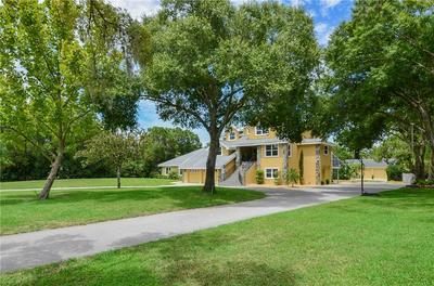 2595 BRYAN LN, Tarpon Springs, FL 34688 - Photo 2