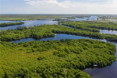 5 BEAUTIFUL ISLAND, FORT MYERS, FL 33905 - Photo 1