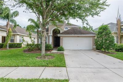 30726 PUMPKIN RIDGE DR, Wesley Chapel, FL 33543 - Photo 2