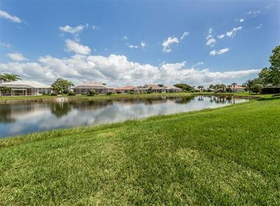 416 PEBBLE CREEK CT, VENICE, FL 34285 - Photo 2
