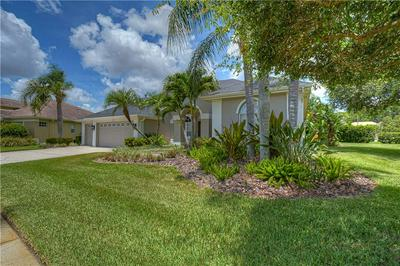 12107 CLEAR HARBOR DR, Tampa, FL 33626 - Photo 2