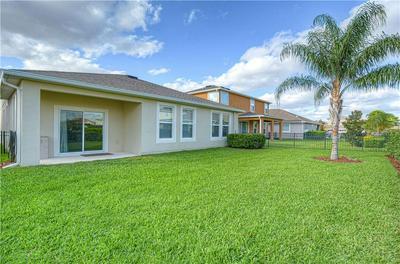 5812 GREAT LAWN PL, LITHIA, FL 33547 - Photo 2