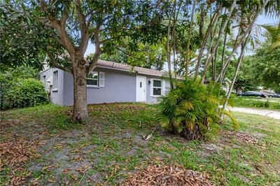 1515 TARPON AVE, Sarasota, FL 34237 - Photo 2