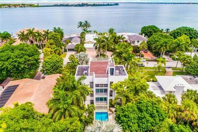 213 N WASHINGTON DR, Sarasota, FL 34236 - Photo 1