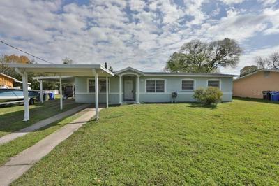 406 12TH ST SW, RUSKIN, FL 33570 - Photo 1