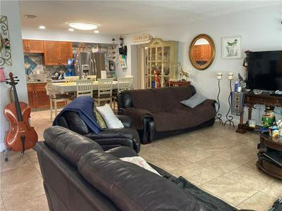 127 ARKWRIGHT DR, TAMPA, FL 33613 - Photo 2