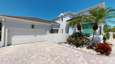 7716 CLUB LN, SARASOTA, FL 34238 - Photo 2