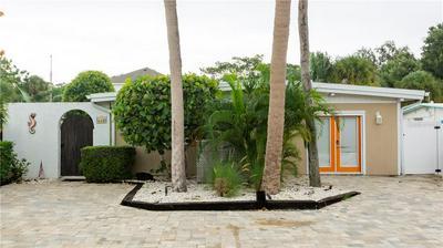 635 AVENIDA DEL NORTE, Sarasota, FL 34242 - Photo 1