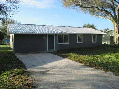 2712 NW 8TH ST, OKEECHOBEE, FL 34972 - Photo 2
