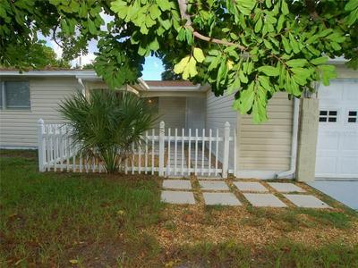 601 LEXINGTON ST, DUNEDIN, FL 34698 - Photo 2